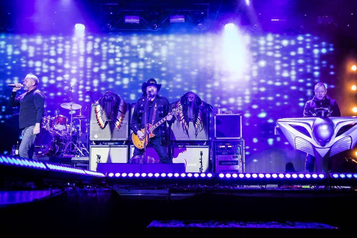 LIVE: Lucie odehrála jeden z největších koncertů v Evropě, publikum o výjimečnosti večera vědělo. Festival Praha Září skončil v euforii
