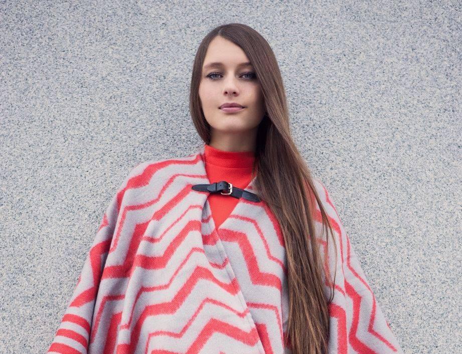 RECENZE: Kateřina Marie Tichá si na svém debutu odskočila pro inspiraci do Francie. Za otřepané fráze se neschovává
