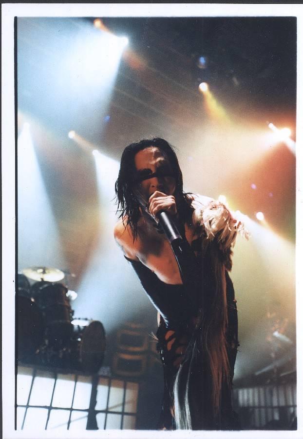 RETRO: Marilyn Manson ukázal prstem na snobskou prázdnotu