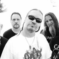 RECENZE: Mr. Bungle se proměnili z bočního projektu pro fajnšmekry v all star band thrash metalistů. Kvalita nového alba tomu odpovídá