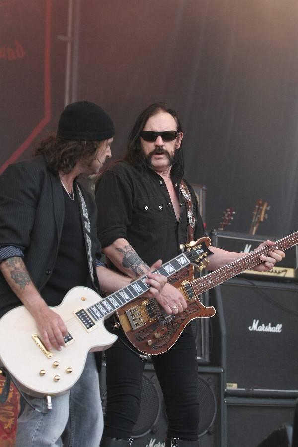 RETRO: Motörhead v Brně. Lemmy nastoupil před pluk zesilovačů značky Marshall