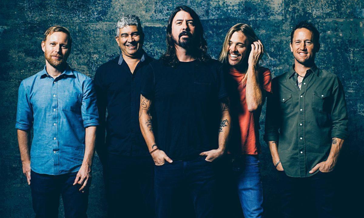 RECENZE: Více Nickelback, méně Nirvany. Nové album od Foo Fighters člověk jako by už slyšel