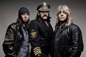 RECENZE: Motörhead v Berlíně přizvali na závěr Anthrax