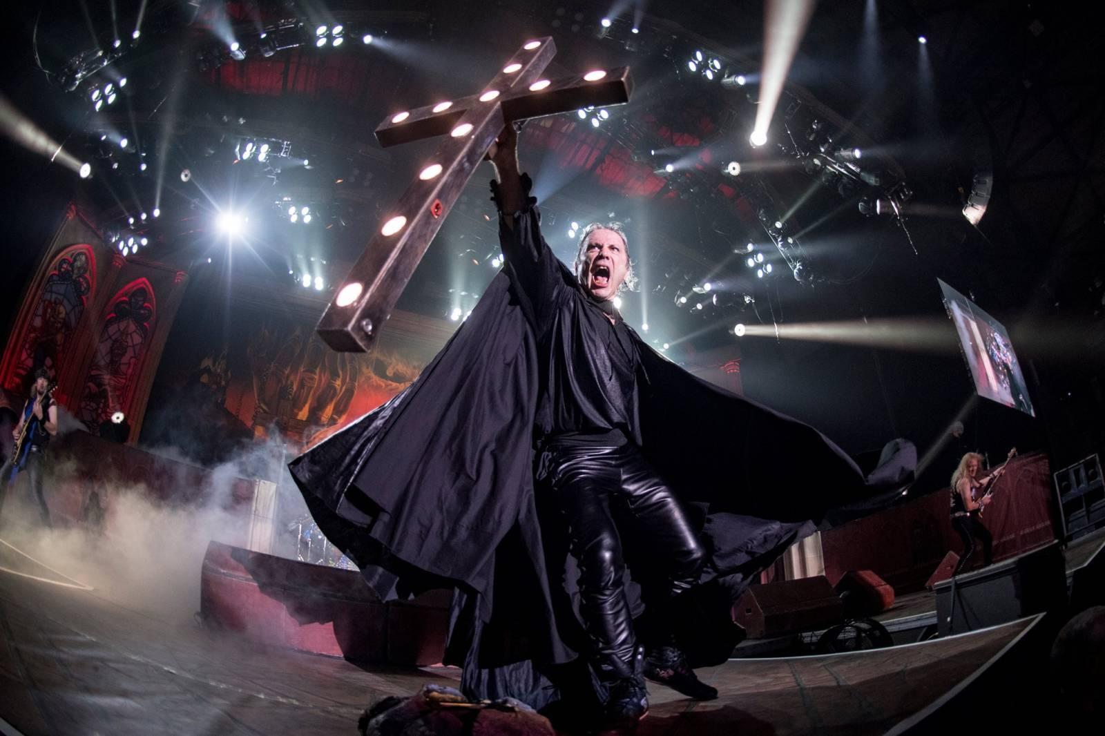 RECENZE: Iron Maiden vyžadují pozornost, trpělivé odměna nemine