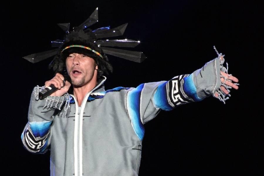 LIVE: Jamiroquai vystoupili v Mnichově, představili sedmou studiovku Rock Dust Light Star