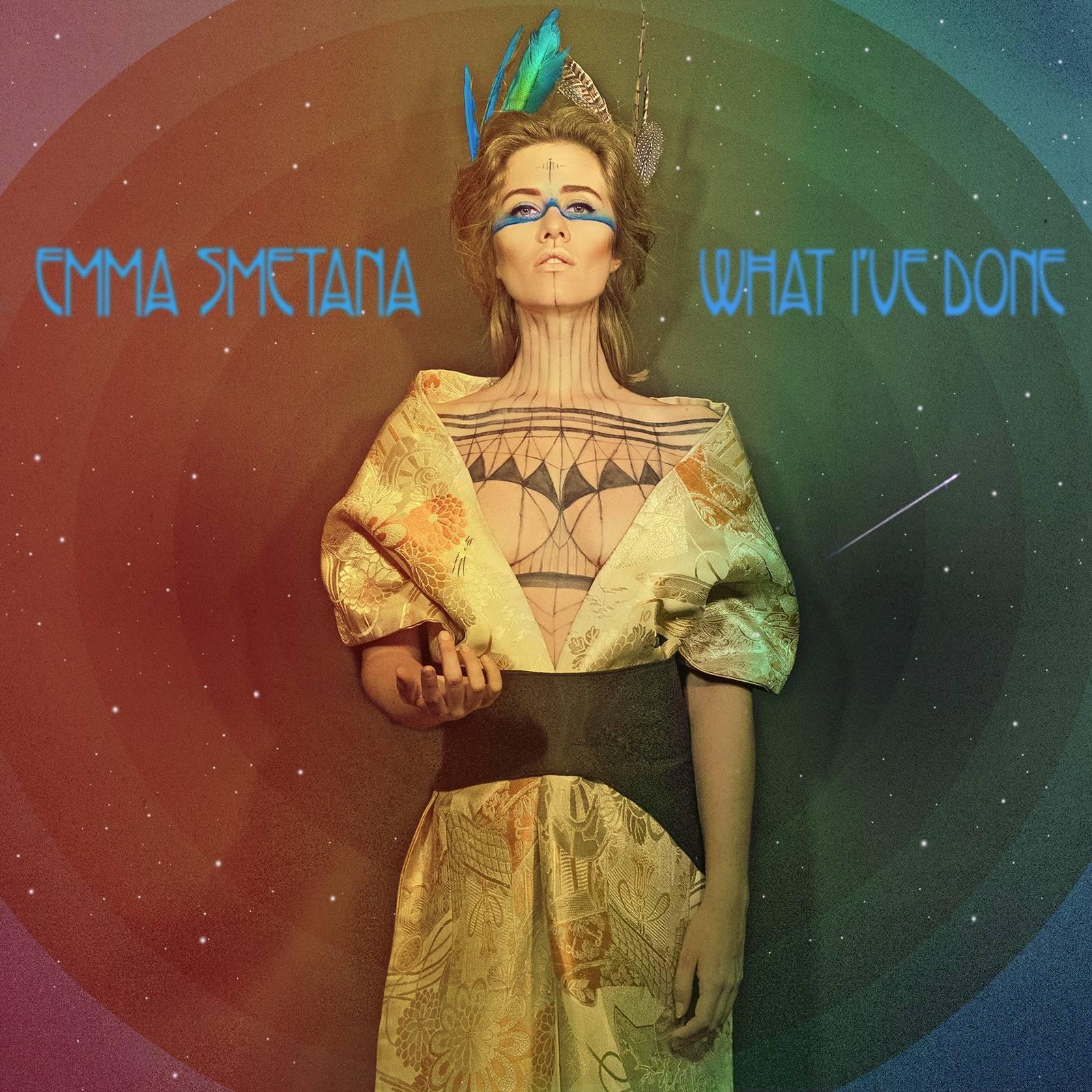 Emma Smetana: Mou desku by v zahraničí považovali za popovou, pro Čechy je to alternativa