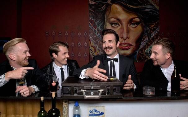 Royal Republic interview: České festivaly? Skvělá atmosféra a skvělý pivo!
