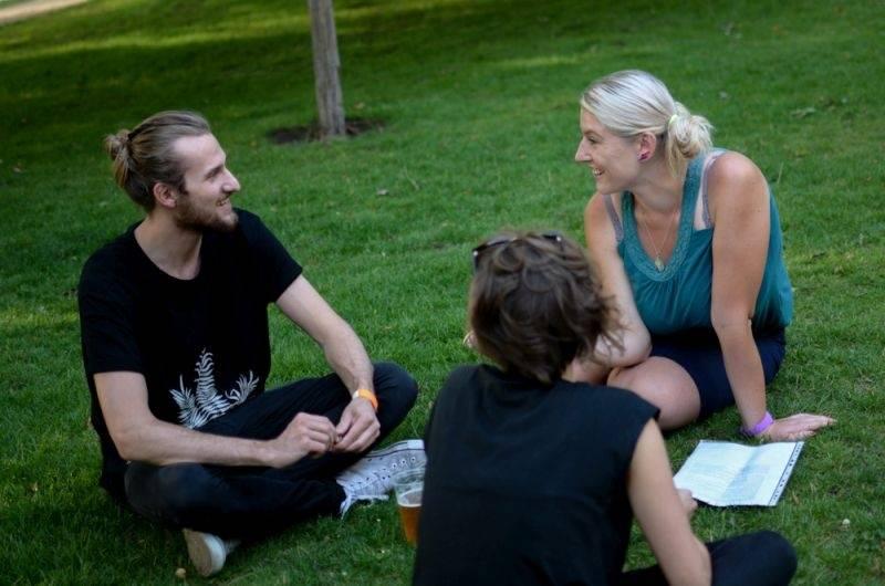 Nadějná indie dvojka Teepee: Lidé přestávají poslouchat jen to, co jim servírují rádia
