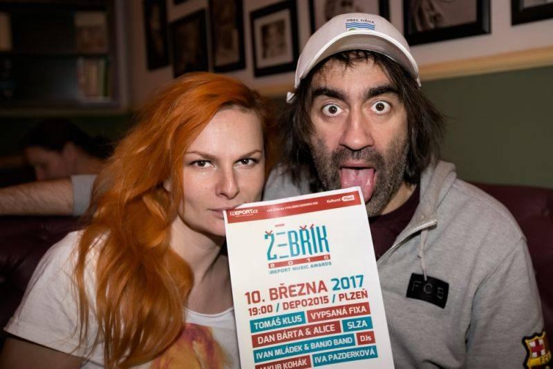 Iva Pazderková interview: Moderování Žebříku s Jakubem Kohákem? To bude jízda!