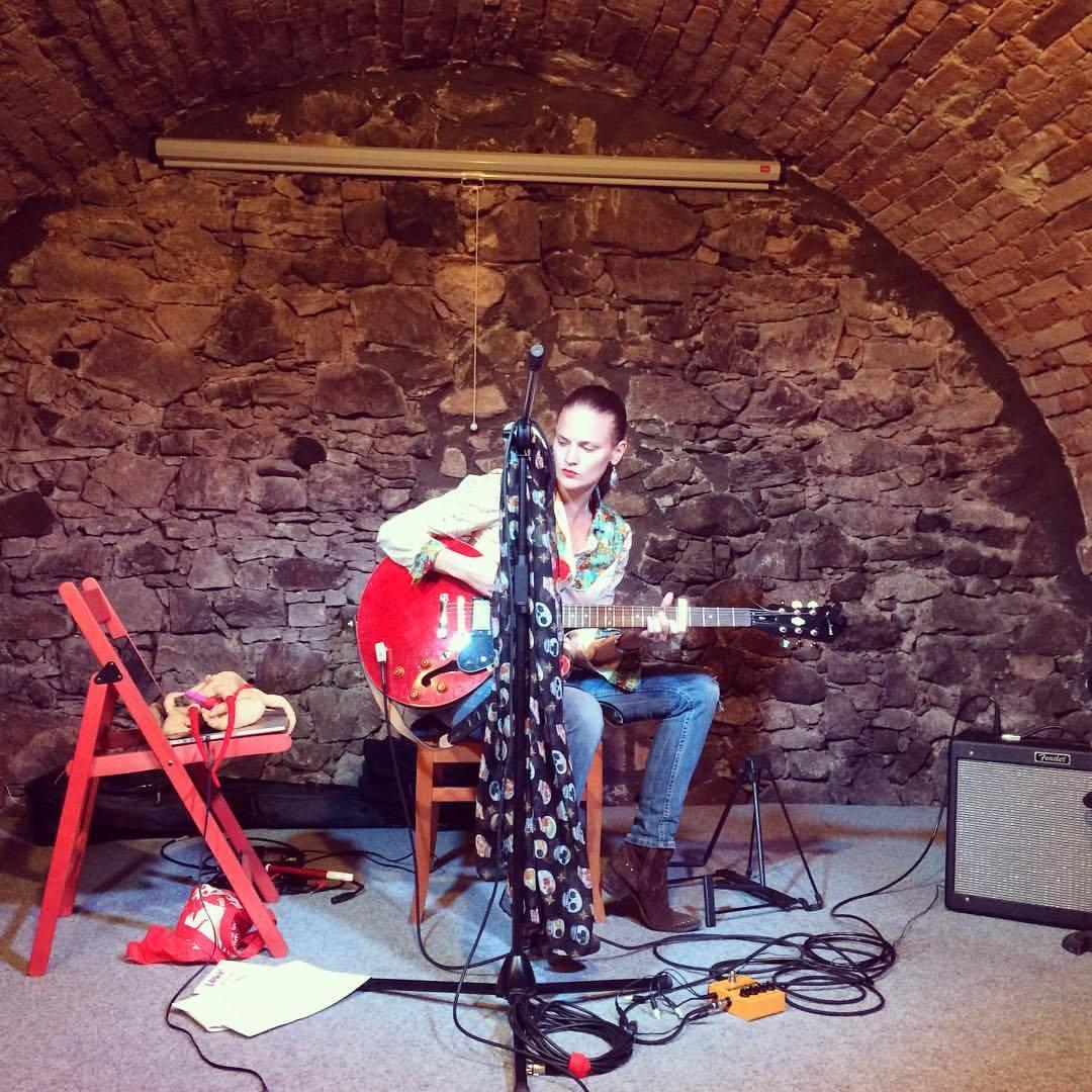 Vladivojna La Chia interview: Improvizaci miluju, ale práci pod tlakem nenávidím