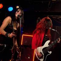 The Agony Interview: Neukazujeme kozy a stehna, abychom dostaly koncert