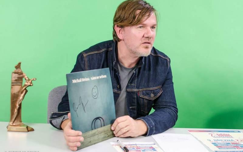 VIDEOROZHOVOR - Michal Hrůza interview: Díky desce Sám se sebou jsem si splnil hned několik snů