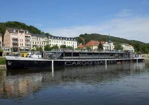 VIDEOROZHOVOR: Cargo Gallery - Co stojí za uměním na vodě?