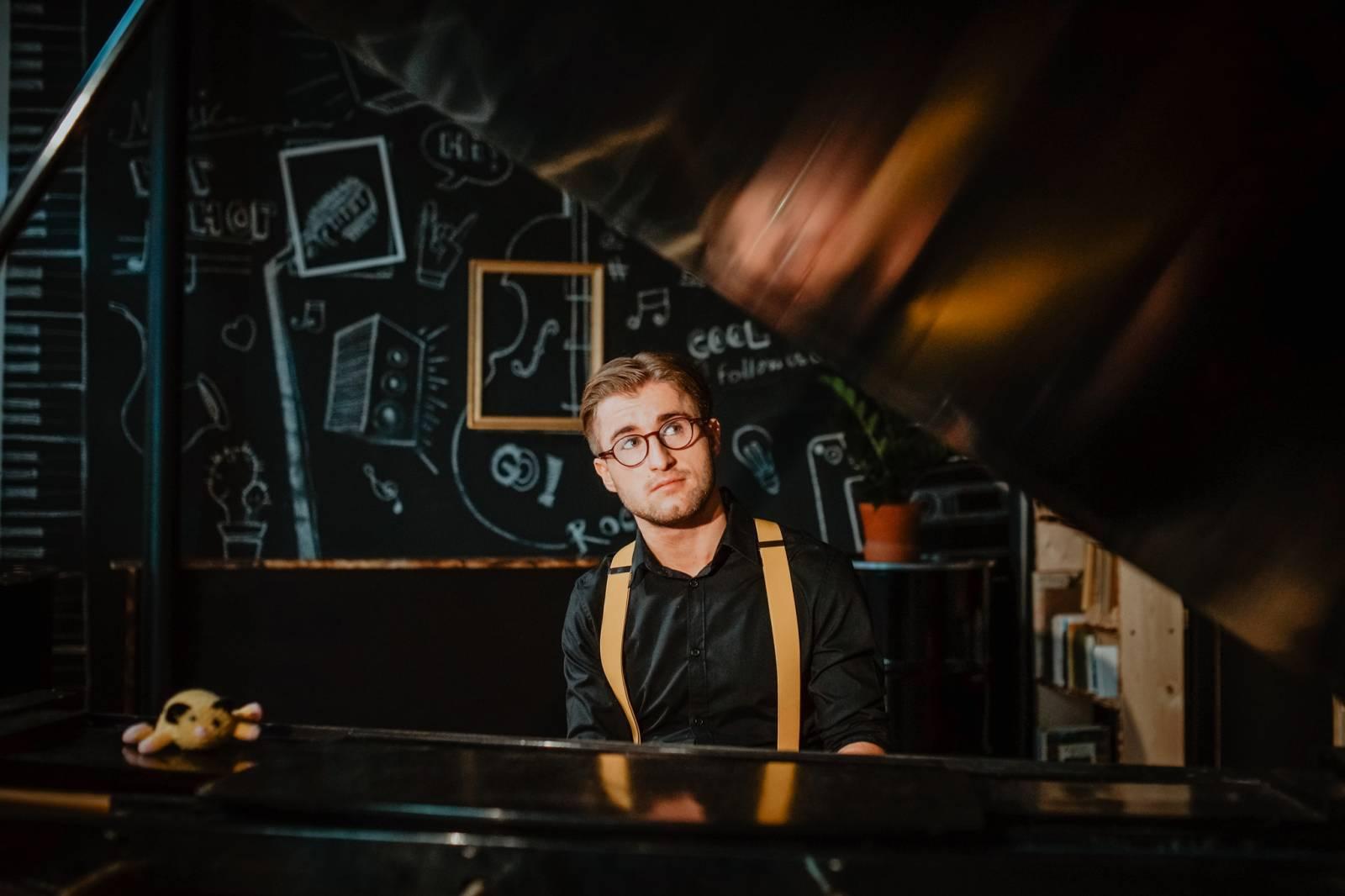 Michal Horák interview: Na nic si nehraju a tím pádem jsem na pódiu tak trochu za blbečka