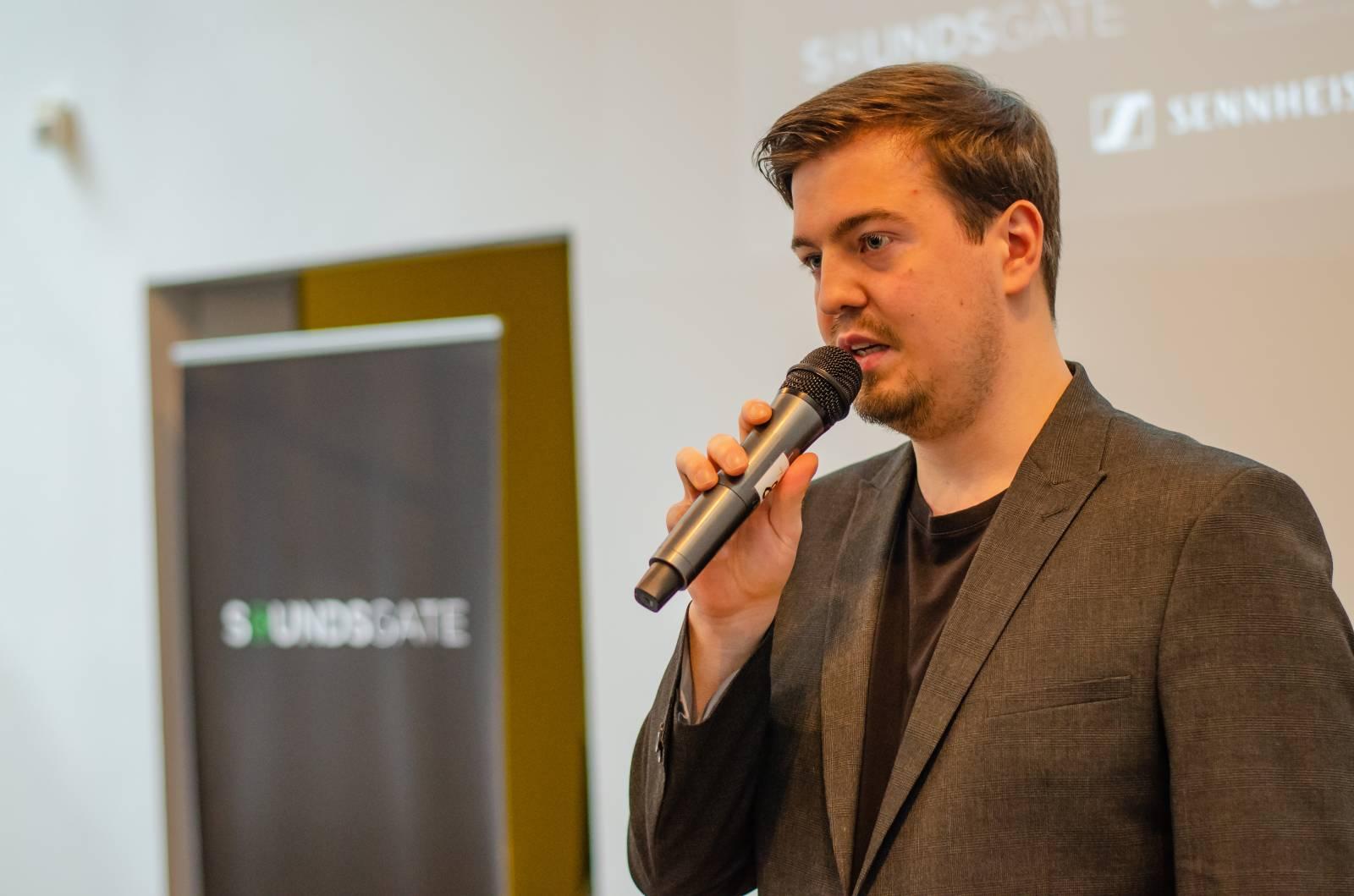 Rozhovor   Saša Smutný (#zazivouhudbu): Stát by měl pomáhat efektivně a cíleně a být spravedlivý