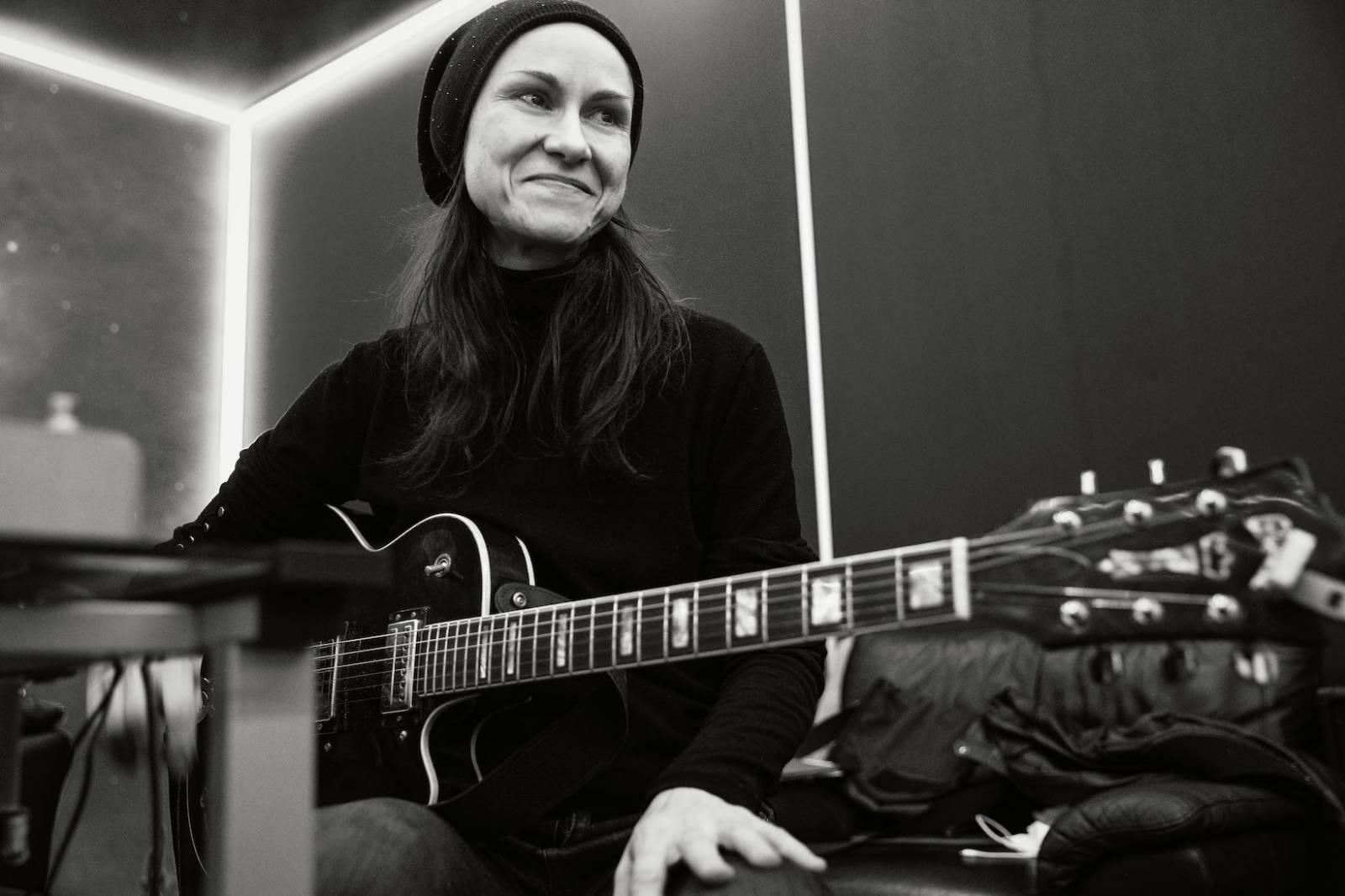 ROZHOVOR | Lenka Dusilová: Pojmenovat, čistit a odplavovat zátěže minulosti