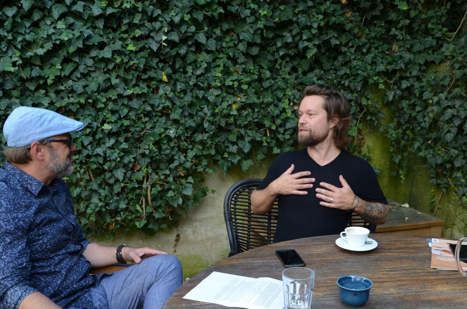 ROZHOVOR | Richard Krajčo: Mám pocit, že se blížíme k názorové diktatuře. Na novém albu se mi líbí úplně každá písnička