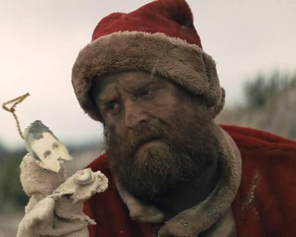 Opilý Santa Claus, vandrák i psí celebrita: TOP 5 vánočních parodií