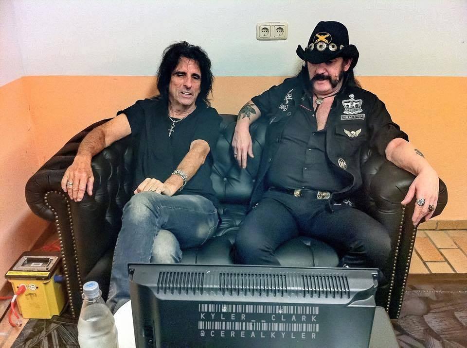 Lemmy byl Motörhead, kapela oficiálně končí. Jak vzpomínají Ozzy Osbourne, Slash, Alice Cooper a další?