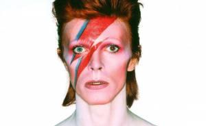 Experimenty, pop, rock i elektronika: TOP 6 nejzásadnějších alb chameleona Davida Bowieho