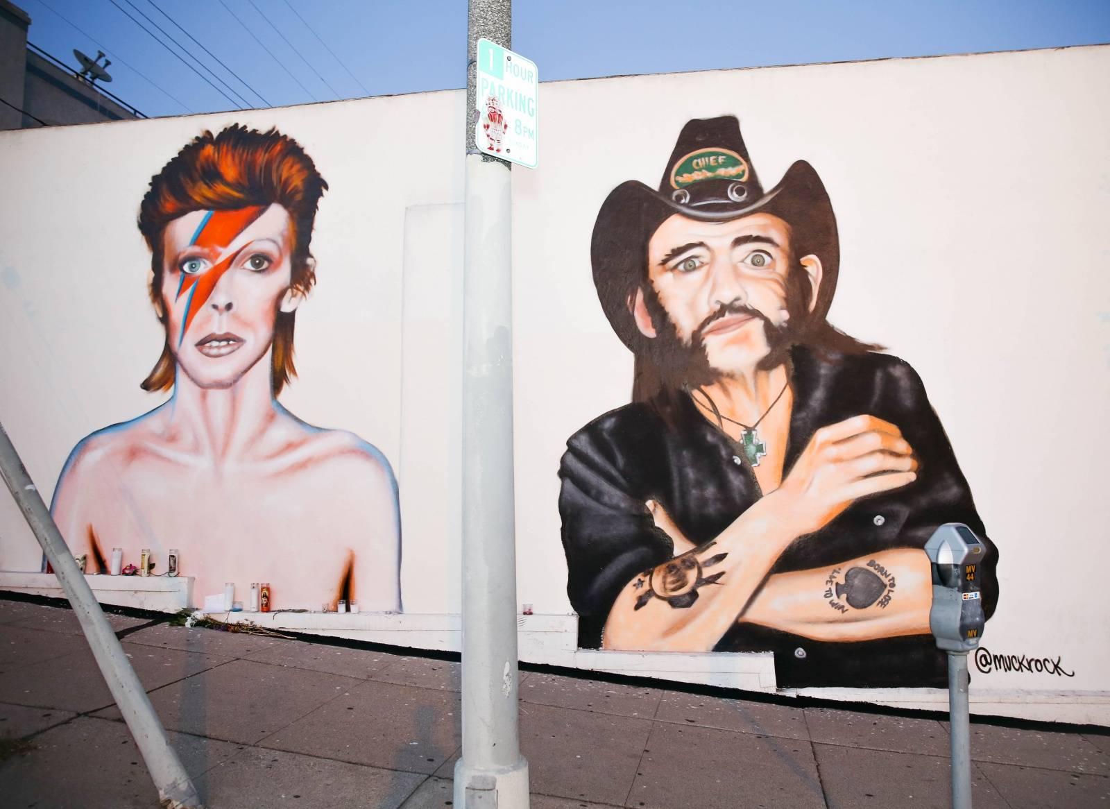 TOP 10 taháků letošních Grammy: Poctěni budou David Bowie, Lemmy i B. B. King, vystoupí také  Adele či Rihanna