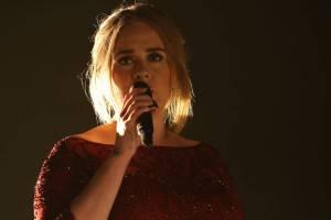TOP 8 momentů Grammy: Taylor Swift se radovala z vlastní prohry, Adele zklamala