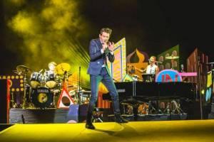 Na co se těšit v květnu: Halovky, kluby i open airy - v Česku vystoupí AC/DC, Mika, Mark Lanegan i Hans Zimmer