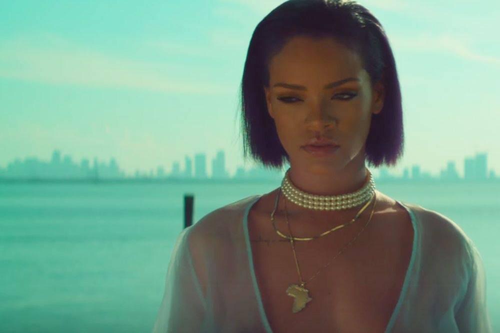 Trendy na YouTube: V dubnu uspěla nahá Rihanna se zbraní, všechny ale převálcoval albánský uprchlík