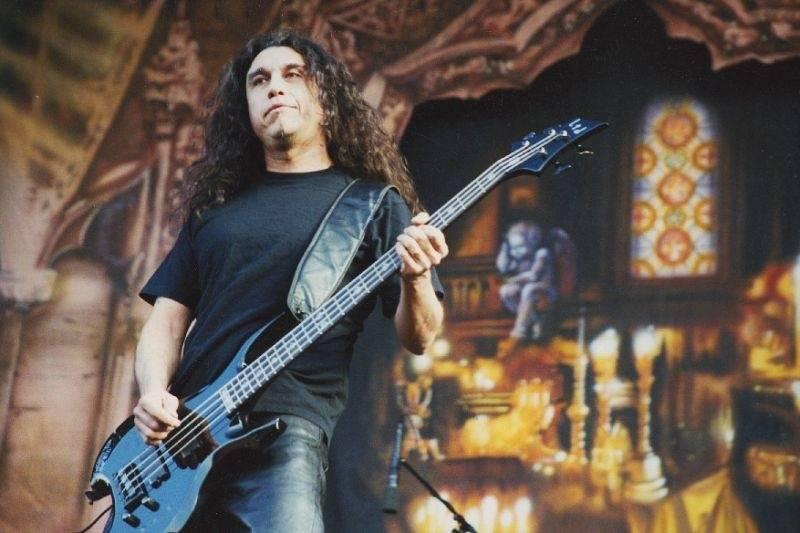 RETRO: Ozzy Osbourne hřměl v roce 2002 na Strahově na Ozzfestu. Hráli i Slayer nebo Škwor