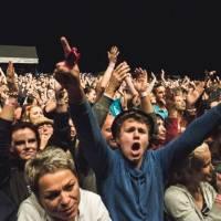 Tipy na podzimní open airy: David Koller vyrazí s přáteli, Ekompilace třídí a Hrady prvně na Slovensku