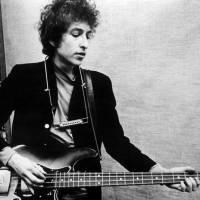 Bob Dylan a jeho literární přínos: TOP 7 nejsilnějších písňových textů laureáta Nobelovy ceny