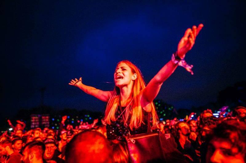 TOP 10 nejlákavějších zahraničních festivalů v roce 2017 aneb Světové hvězdy za humny