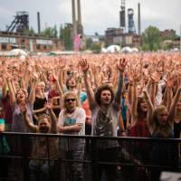 TOP 10 vrcholů Colours of Ostrava: LP, Jamiroquai nebo bizarní Kapitán Demo