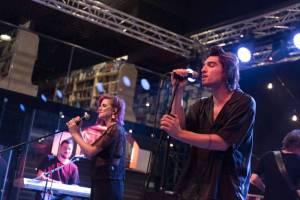 TOP 7 nejoriginálnějších českých koncertů prvního pololetí 2017: Emma Smetana Mezi vlaky nebo Nebe v planetáriu