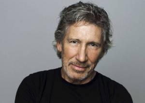 TIPY NA VÁNOČNÍ HUDEBNÍ DÁRKY (III.): Lístky na Rogera Waterse,  Aerodrome festival nebo kniha o Davidu Kollerovi