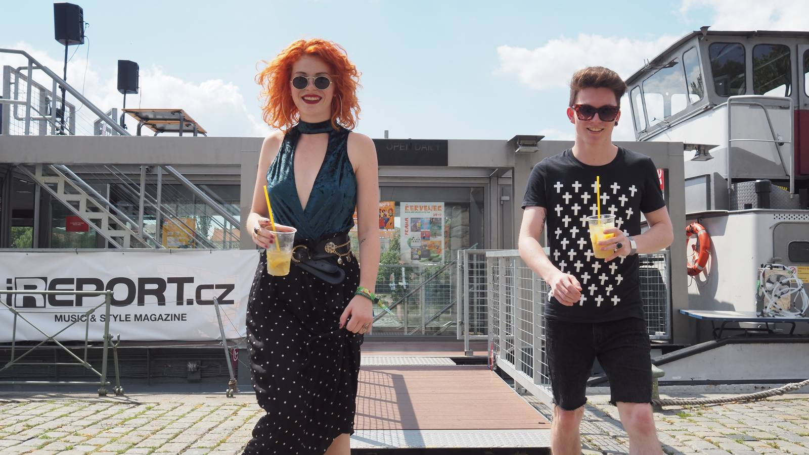 TOP 10 českých alb roku 2017 (II.): Mydy Rabycad, J.A.R. nebo Dasha