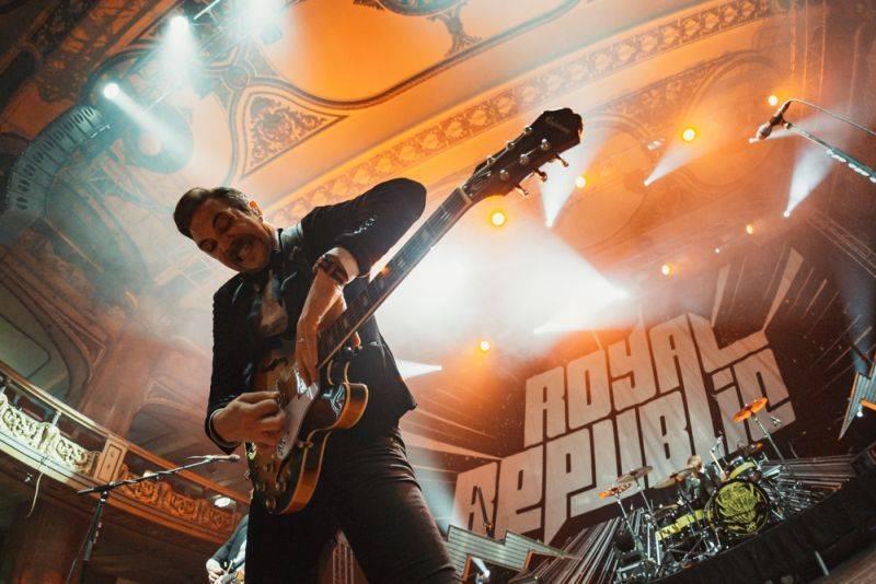 Na co se těšit v červenci: Na festivalech zazáří The Prodigy nebo Guano Apes, do Prahy přijedou Rolling Stones