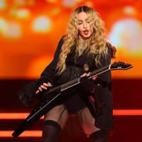 Madonna slaví šedesátku - TOP 10 nejikoničtějších písní Královny popu, která zpívala o sexu, potratech i bolesti