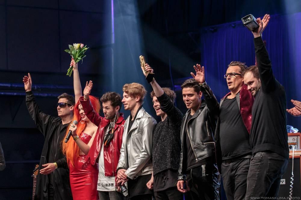 Kdo jede na jarní turné (I.): No Name, Rybičky 48, Mydy Rabycad, Gaia Mesiah, Imodium a další