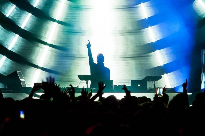 TOP 10 elektronických akcí první poloviny roku 2019: Paul Van Dyk, Kiasmos, Claptone nebo Magnetic Festival