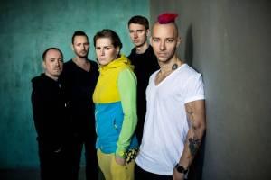 ANKETA (III.): Co dělají muzikanti, když nehrají? Vladivojna píše a navrhuje trička, Radek Bureš ze Skyline je dramaturg
