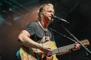 Únor se živou hudbou: Přehled chystaných online koncertů