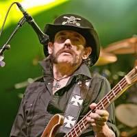 Přání Lemmyho Kilmistera splněno. Jeho popel zatavili do nábojů
