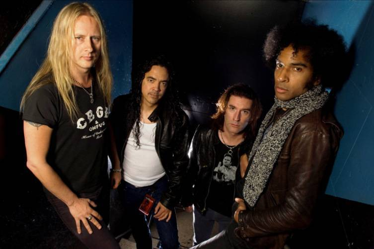 ANKETA | Fenomén grunge: na které kapely rádi vzpomínají Maťo Mišík, Pavel Řehoř a Roman Helcl?