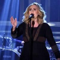 HITPARÁDY (23.): Královna Adele překonala s deskou 25 historické rekordy v prodeji