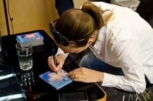 HITPARÁDY (28.): Barbora Poláková už je v Česku druhá nejprodávanější. Hned za Adele
