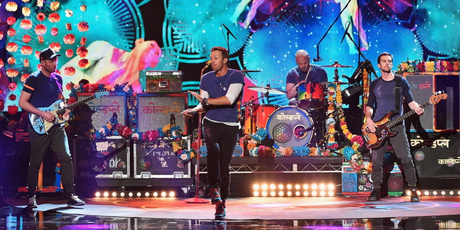 HITPARÁDY (33.): Super Bowl vystřelil Coldplay na vrchol britského žebříčku