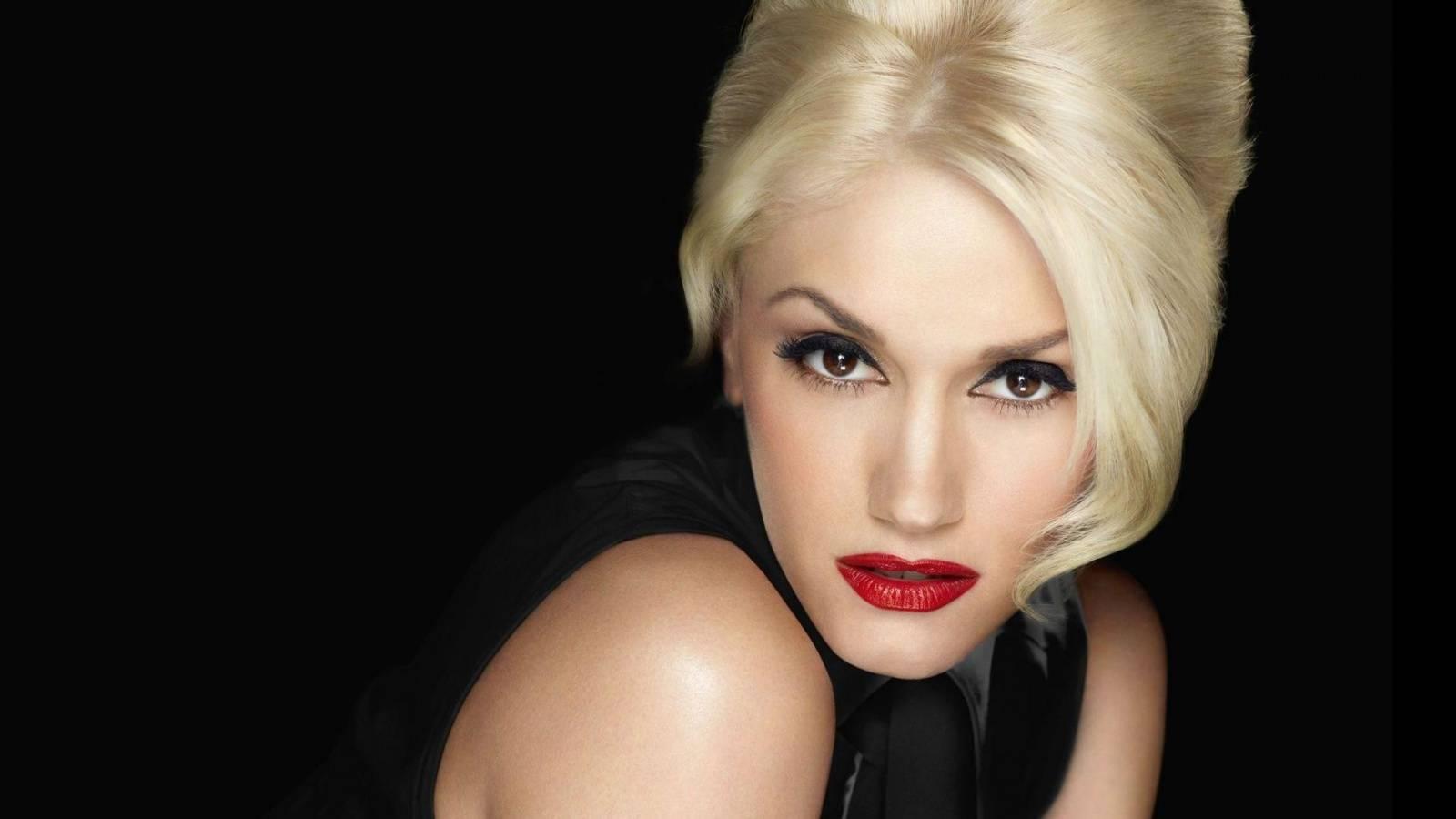 HITPARÁDY (39.): Adele, Rihanna, Gwen Stefani. Světovým žebříčkům vládnou ženy
