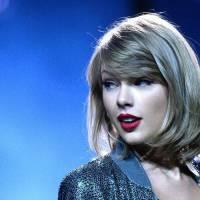 POST SCRIPTUM (55): Svět přihlíží veřejné popravě Taylor Swift rukou Kim Kardashian