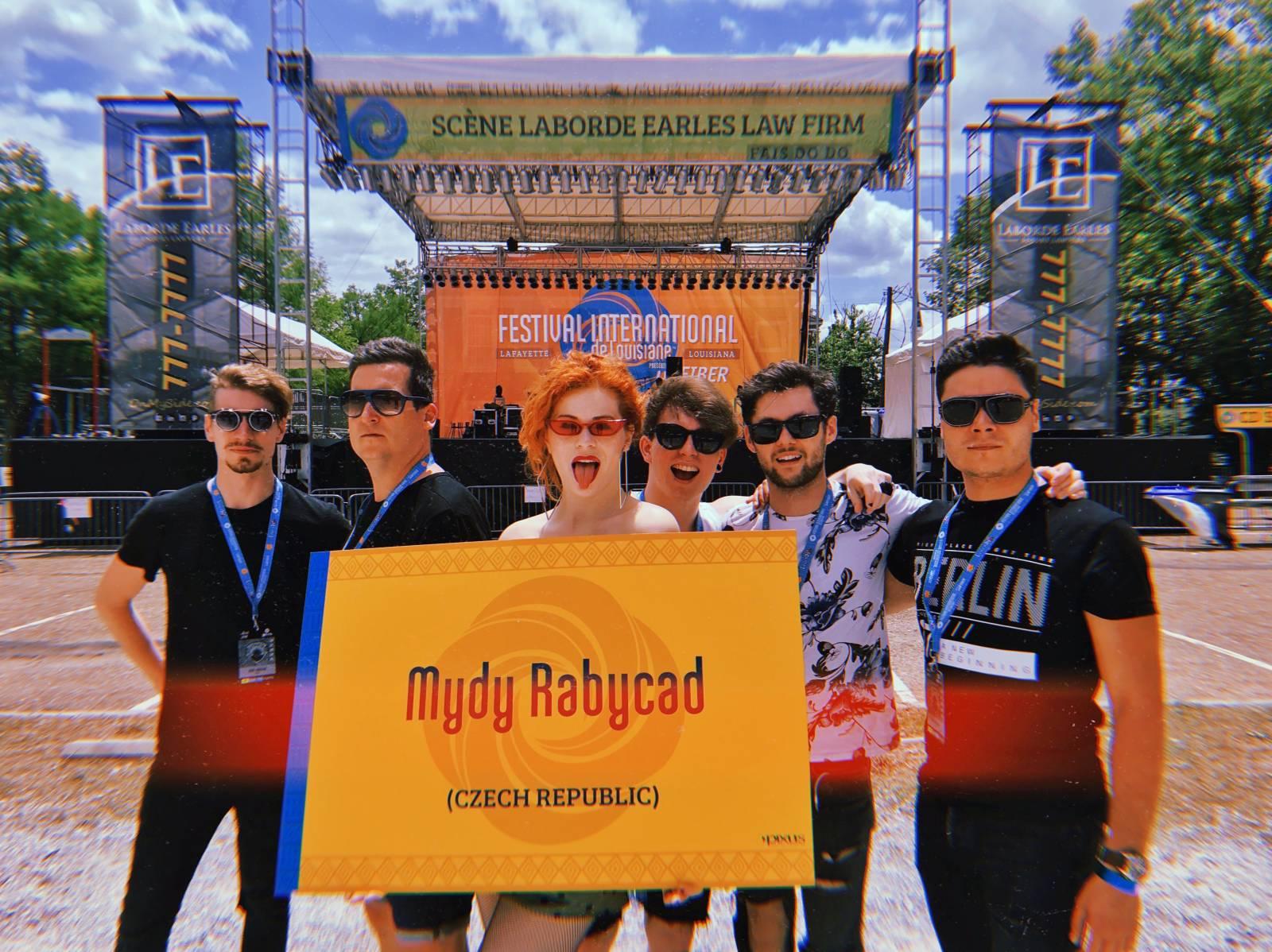 BLOG: Mydy Rabycad na Festivalu International v Louisianě okem a uchem manažera a zvukaře Petra Blažka (1. část)